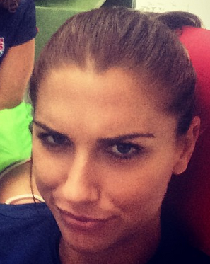 """PICS: Alex Morgan Is """"Not Impressed"""" By Tonight's Cancellation"""
