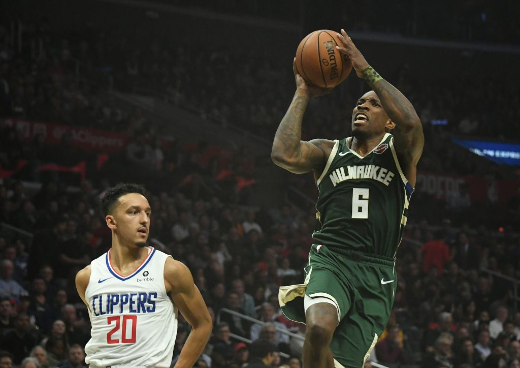 Eric Bledsoe Momentarily Forgets The Rules Of Basketball