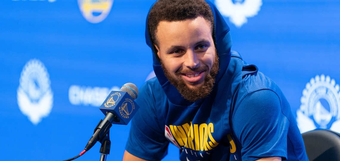 """Steph Curry Says He May Send Shoes To The """"Hater"""" Michael Jordan"""