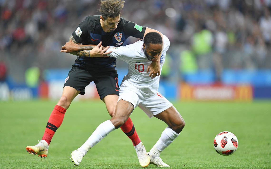 """England Showcases A Fresh Twist On The Set Piece With """"Inside"""" Throw-In"""